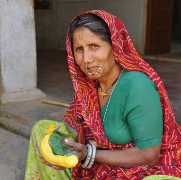 Femme à la mangue