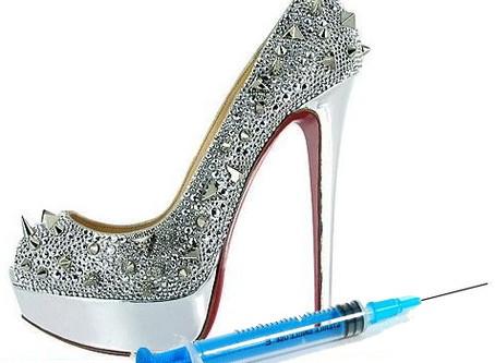 """Pour porter des stilettos vertigineux découvrez la chirurgie esthétique appelée """"Loub Job""""  !"""