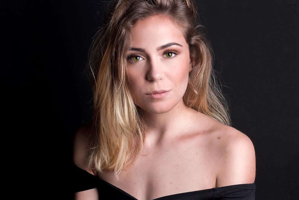 Atriz e influencer Ana Marta Ferreira book 2017 na agência de atores a atrizes Hit Management