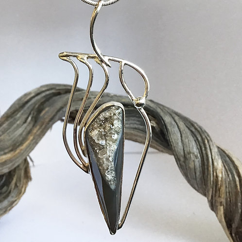 Cristallinus Pendant