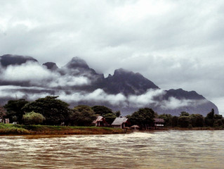PIC ESCAPADES (Part 4 - Vang Veng) - Cambodia and Laos trip with my PIC!