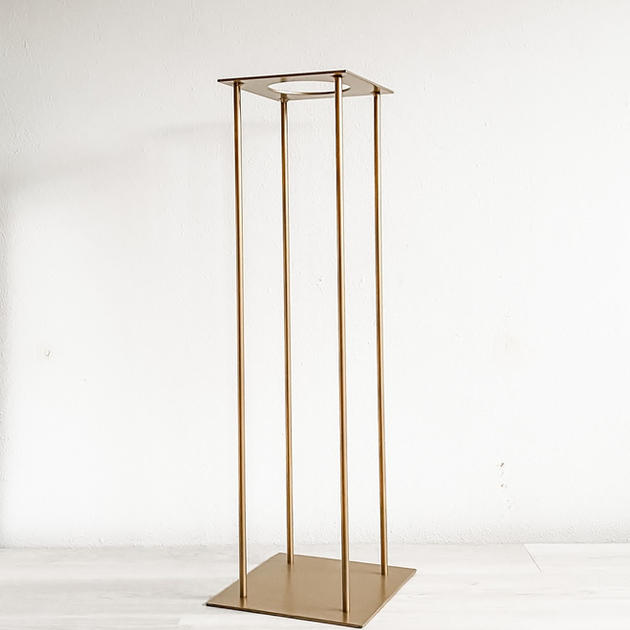 harlow gold metal stand