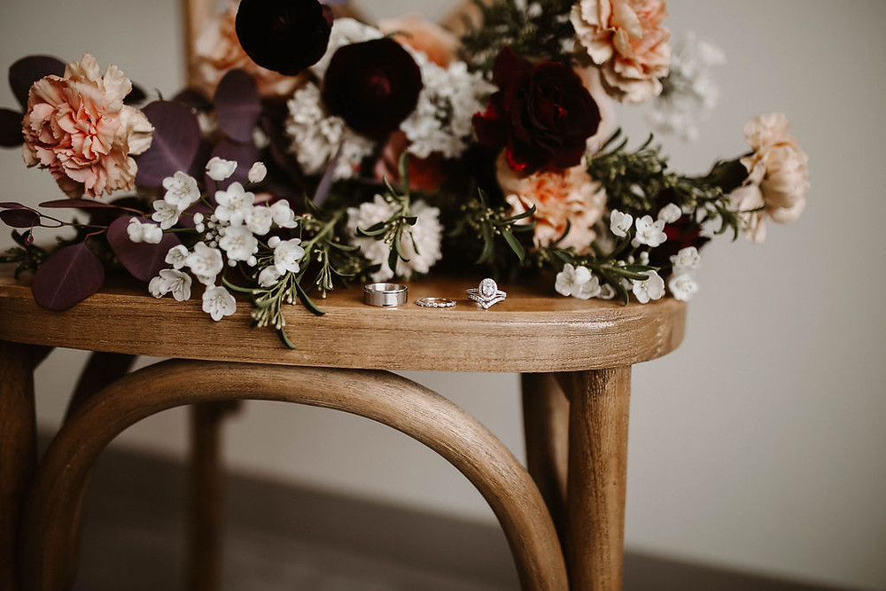 Studio Bloom Iowa wedding floral details
