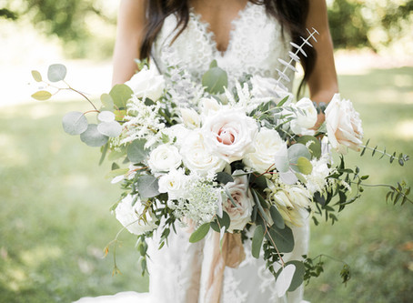 Dreamy Organic Chic Wedding at Ashton Hill | Cedar Rapids, Iowa