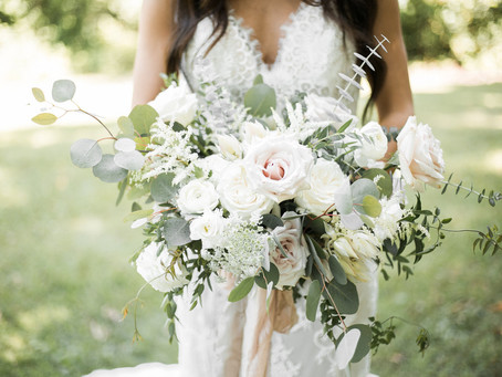 Dreamy Organic Chic Wedding at Ashton Hill | Cedar Rapids, Iowa