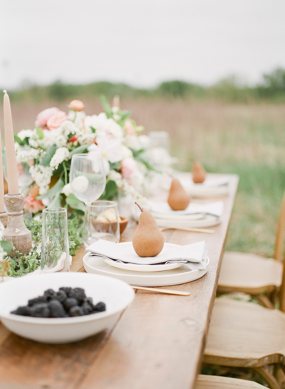 Iowa farm to table wedding in the countryside with flowers by Studio Bloom Iowa