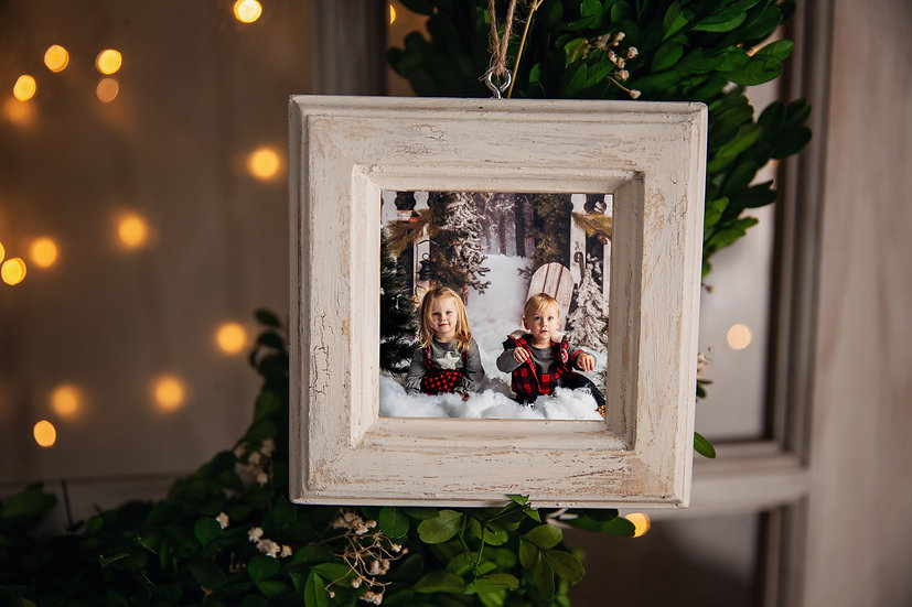 Ornament Frame