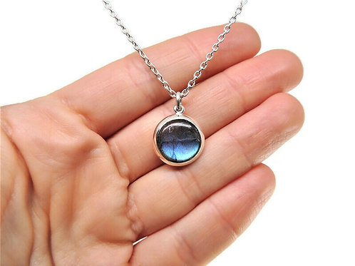 Round Labradorite Necklace by Stephen Estelle