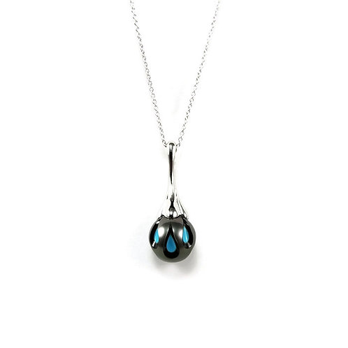 Carved Tahitian Pearl and Turquoise Necklace
