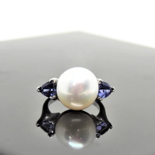 Tanzanite and Pearl Ring