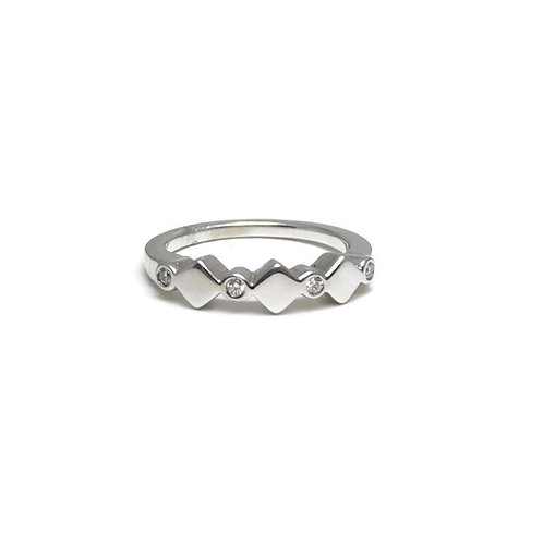 Diamond Band with Square Shapes