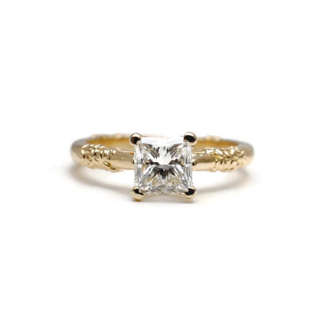 Princess cut diamond solitare with textured band