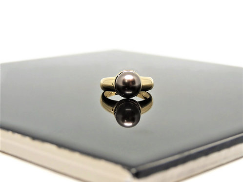 Gold and Tahitian Pearl Ring