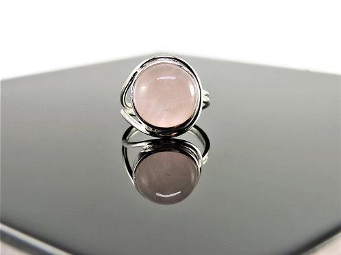 Round Rose Quartz Ring