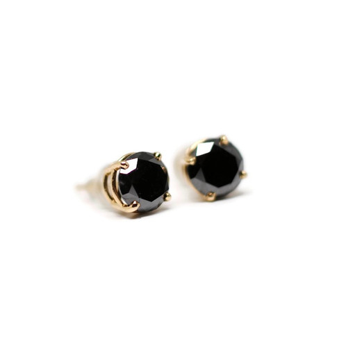 stud diamond earrings white black gold carat