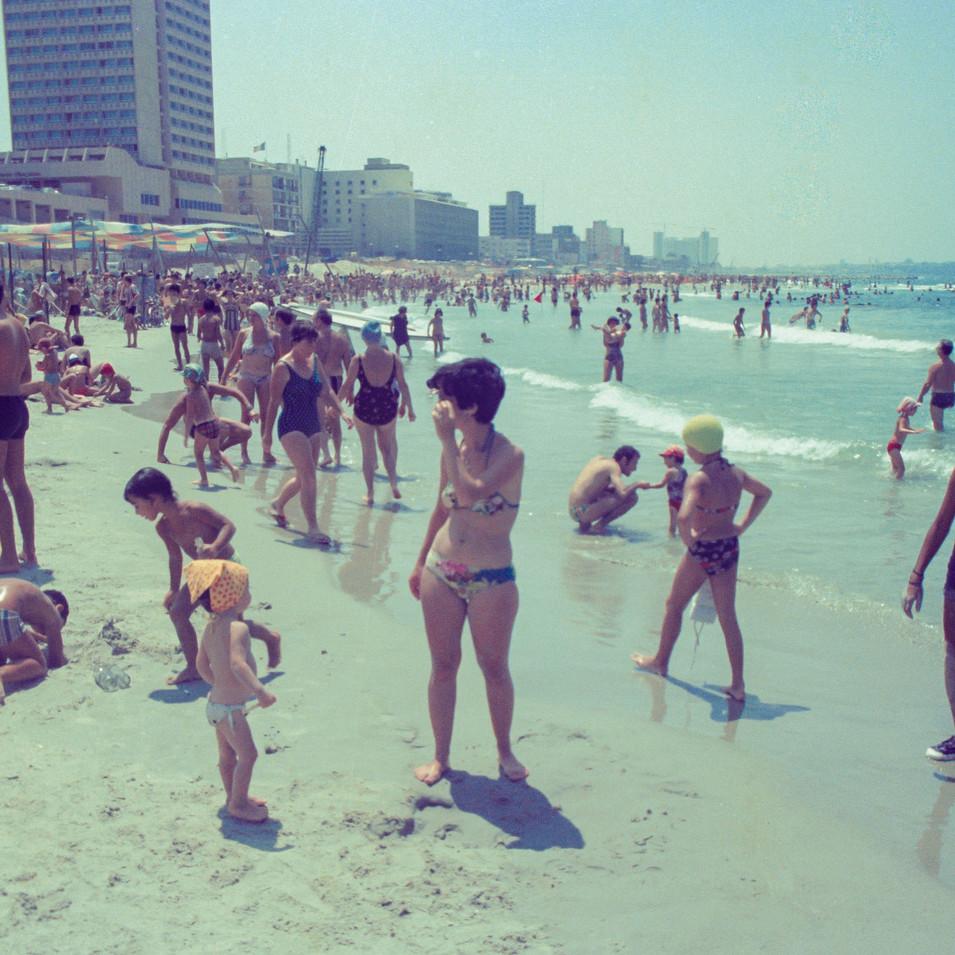 Tel-Aviv beach (2).jpg