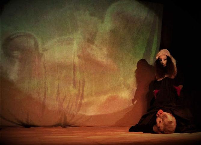 4) _2020 ARTAUD MARAT a ROI ESCUDERO Performance art play  Roi as Madame Nebunie la Folie
