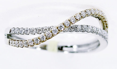 18K Y/WG DIAMOND RING