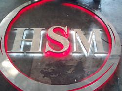 Logomarca em aço com iluminação led