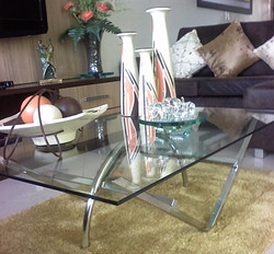 Mesa de inox e vidro