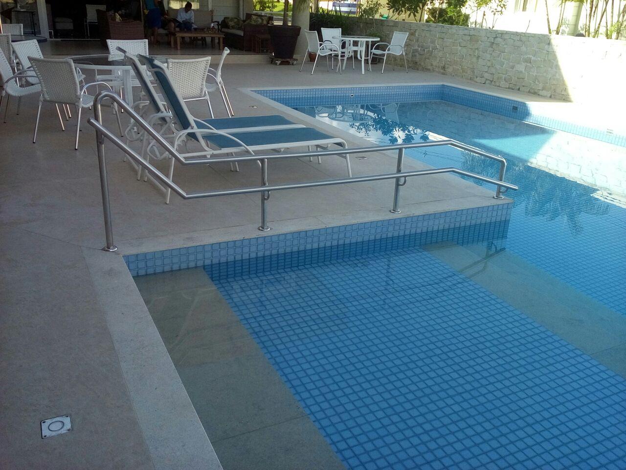 Corrimão_piscina