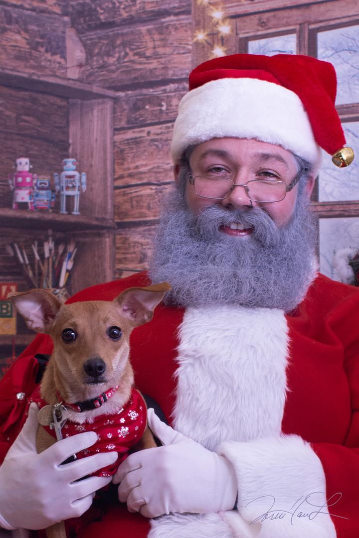 Charlie meets Santa2 (1 of 1).jpg