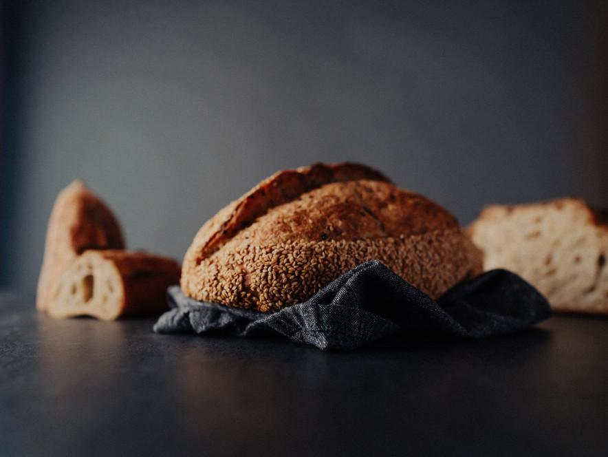 Bread dark-1.jpg