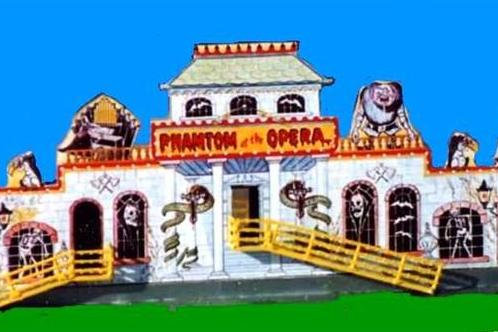 716  Phantom of the Opera Funhouse