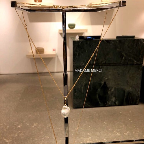 【CELINE】Golden Brass × Cultured pearl pendant head