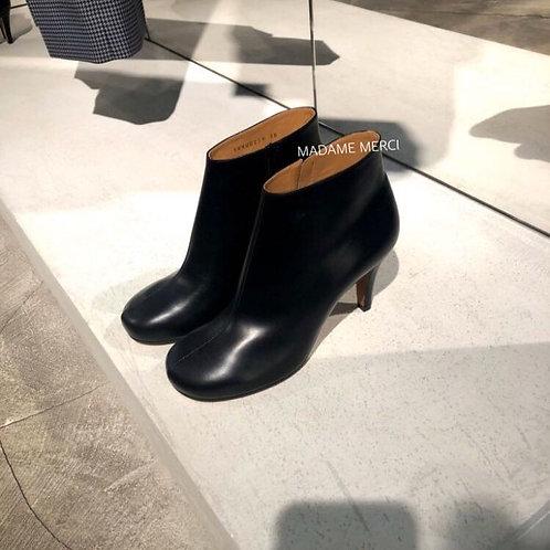 【Maison Margiela】Leather stiletto heel ankle boots