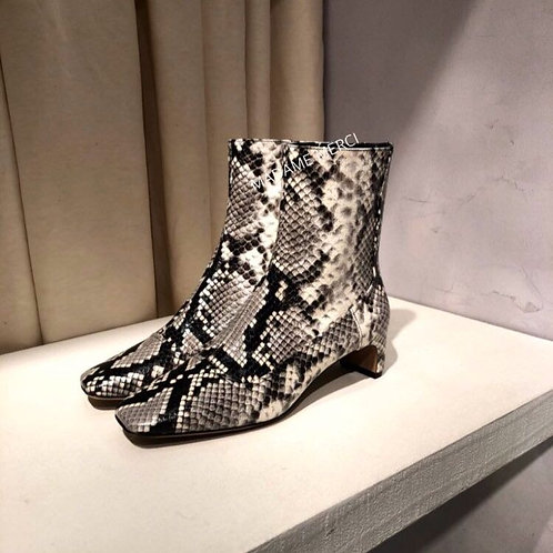 【Maison Margiela】Python-effect leather ankle boots