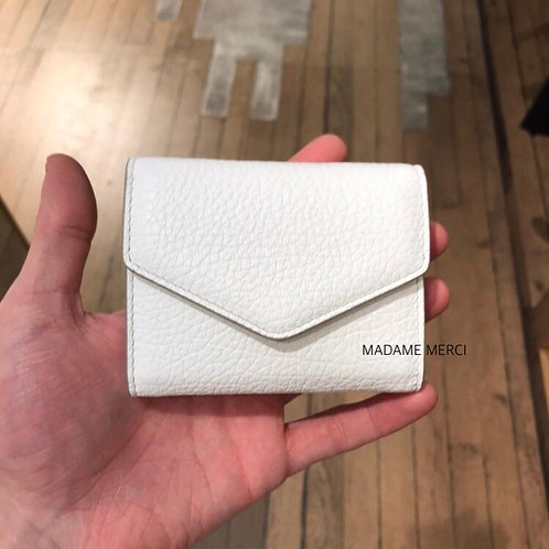 【Maison Margiela】Leather wallet with gusset and two flaps
