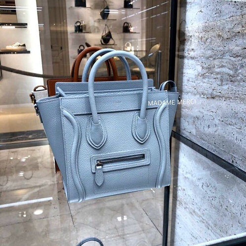 【CELINE】Luggage Nano Model bag × grained calfskin