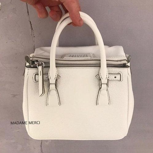 【Maison Margiela】Flap leather handbag