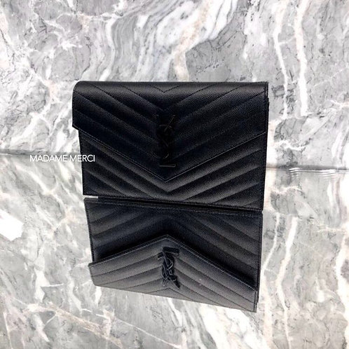【Saint Laurent】CHAIN WALLET ENVELOPE × EMBOSSED LEATHER