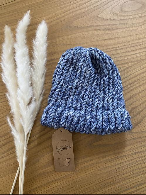 כובע צמר בגווני כחול לתינוקות/ ילדים