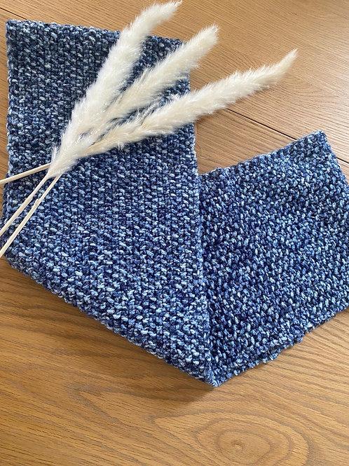 צעיף מלאנג׳ בצבעי כחול ג׳ינס