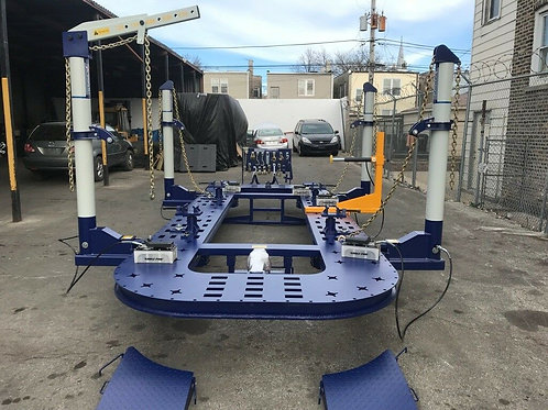 25 FEET LONG AUTO BODY FRAME MACHINE 4 TOWERS WITH CLAMPS, HOOKS, TOOLS + CART