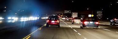 's Avonds worden wij gemakkelijk verblind door de autolampen. Optiek Depril kan u die nachtblindheid verhelpen met speciale glazen.