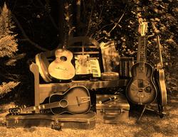 folk instruments 4_edited