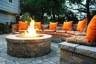 outdoor-firepit-seat.jpg