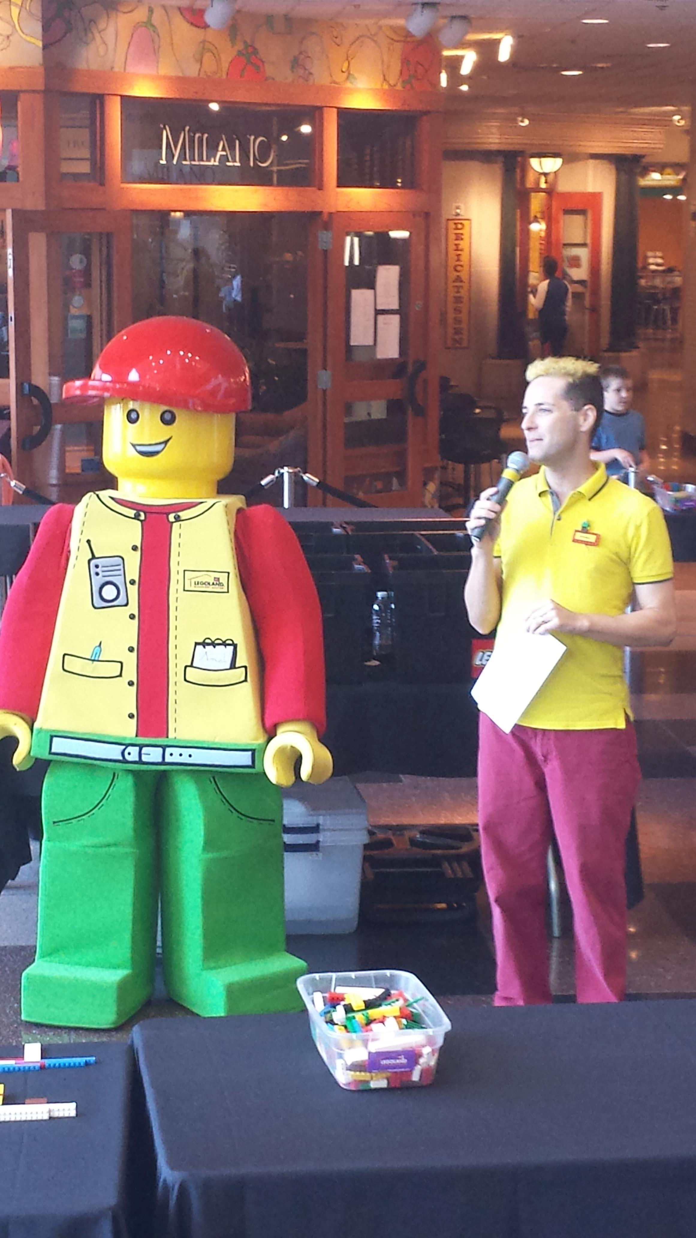 Dennis & Lego Bertie