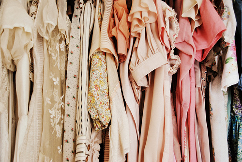 vintage-clothes-rail