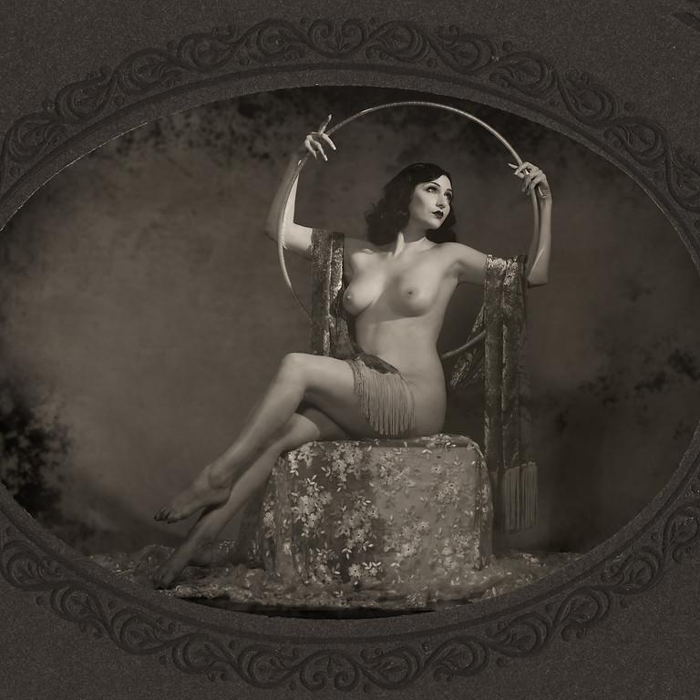 Vintage Nudes Studio Workshop