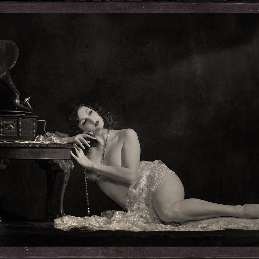 Bygone Beauties Vintage Sessions (Thursday)