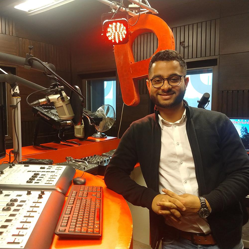 Amir Rohullah Jafari heeft alle woorden in het Dari ingelezen.