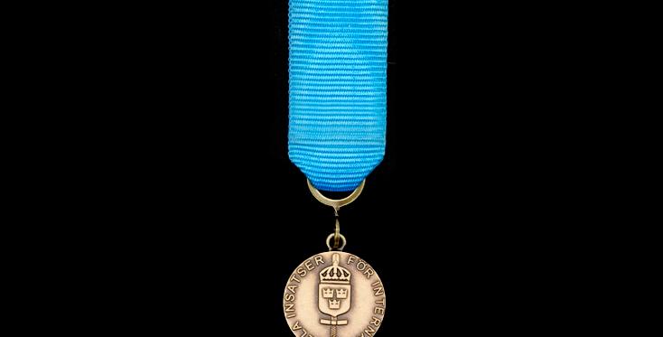 FMintBM Miniatyr - Försvarsmaktens medalj för internationella insatser i brons