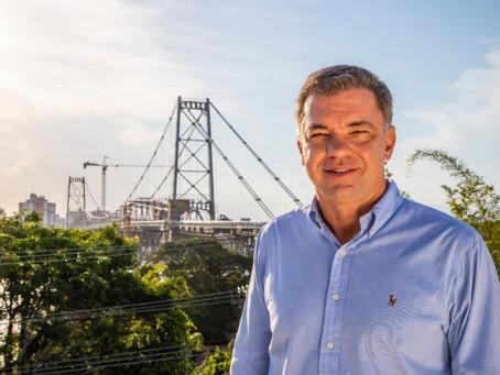De férias em Cancún, prefeito de capital brasileira decidiu por lockdown