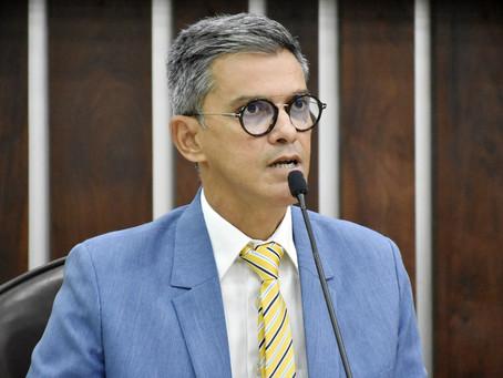 Coronel Azevedo sugere menos impostos para baixar valor de combustíveis e gás