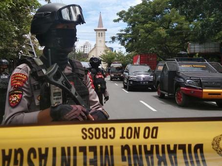 Feridos em atentado suicida a igreja católica na Indonésia